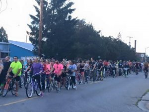 B.A.R.S. (Bicycling Awesome Riding Society) of Bay City Thursdays, May 5 – late October, 2016 Gather: Wenonah Park Meet: 7:15 p.m. Depart: 7:30 p.m. Average Ride Length: 1.5 hours (includes midway stop at local business)