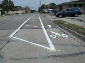 Buffered bike lane on M-43 Photo credit: League of Michigan Bicyclists