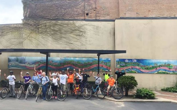 Community Bike Ride Program, Albion Saturdays, June 4 – October 1, 2016 (bi-weekly) Gather: City Hall (ends at Stoffer Market Plaza) Meet: 8:45 a.m. Depart: 9:00 a.m. Average Ride: 45 minutes to an hour  Photo credit: Linda LaNoue, 2015